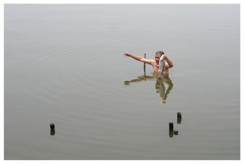 Hanoî lac du Nord. Pêcheur